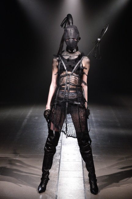 alice-auaa-tokyo-fashion-week-autumn-winter-2014-44