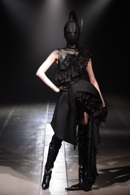alice-auaa-tokyo-fashion-week-autumn-winter-2014-48
