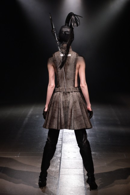 alice-auaa-tokyo-fashion-week-autumn-winter-2014-5