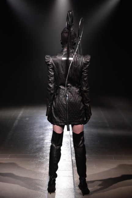 alice-auaa-tokyo-fashion-week-autumn-winter-2014-53