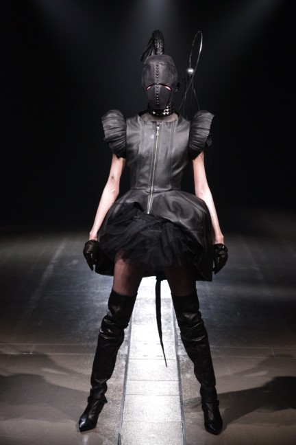 alice-auaa-tokyo-fashion-week-autumn-winter-2014-64