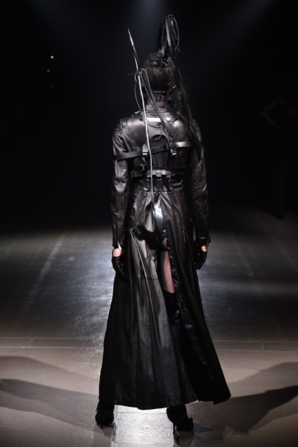 alice-auaa-tokyo-fashion-week-autumn-winter-2014-74