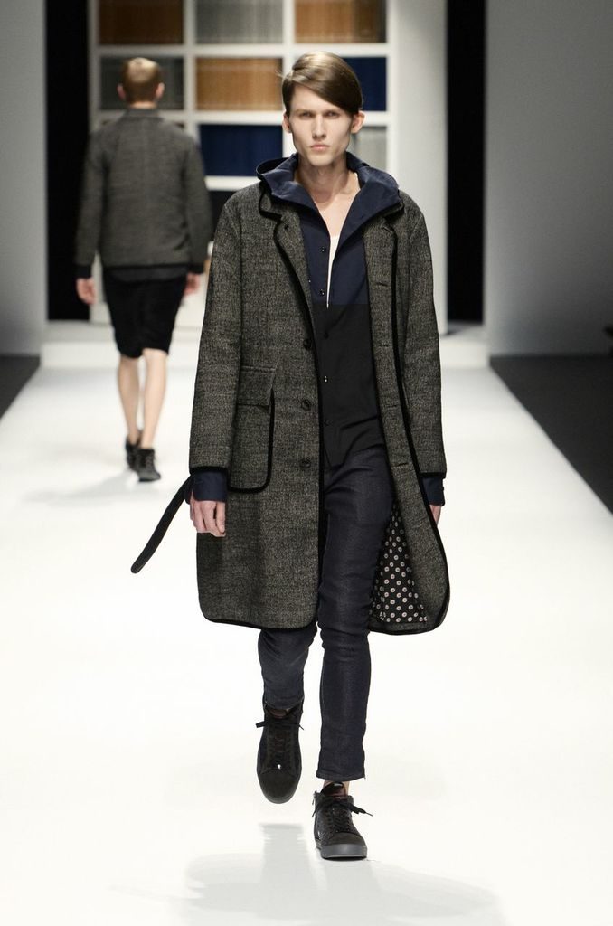 Factotum-Tokyo-Fashion-Week-Autumn-Winter-2014-4
