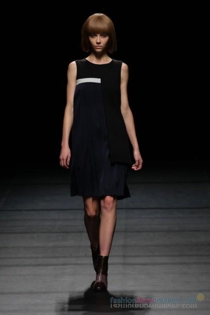 Yasutoshi-Ezumi-Tokyo-Fashion-Week-Autumn-Winter-2014-10