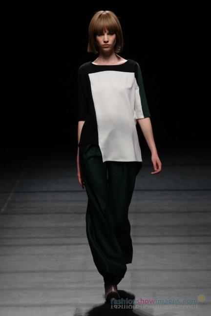 Yasutoshi-Ezumi-Tokyo-Fashion-Week-Autumn-Winter-2014-19