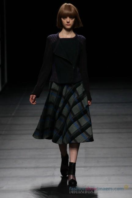 Yasutoshi-Ezumi-Tokyo-Fashion-Week-Autumn-Winter-2014-2