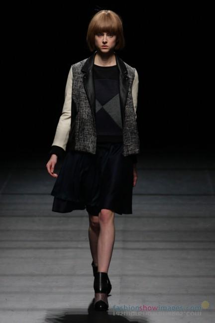 Yasutoshi-Ezumi-Tokyo-Fashion-Week-Autumn-Winter-2014-21
