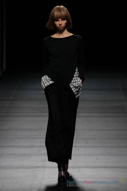 Yasutoshi-Ezumi-Tokyo-Fashion-Week-Autumn-Winter-2014-24
