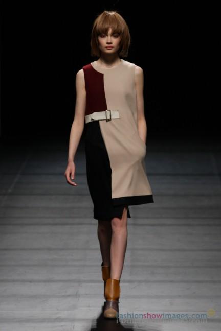 Yasutoshi-Ezumi-Tokyo-Fashion-Week-Autumn-Winter-2014-25