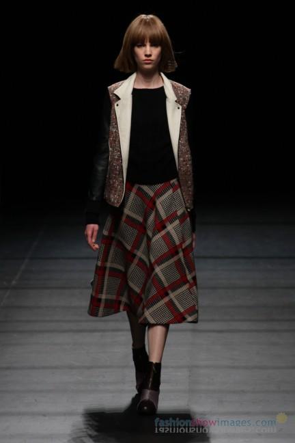 Yasutoshi-Ezumi-Tokyo-Fashion-Week-Autumn-Winter-2014-29