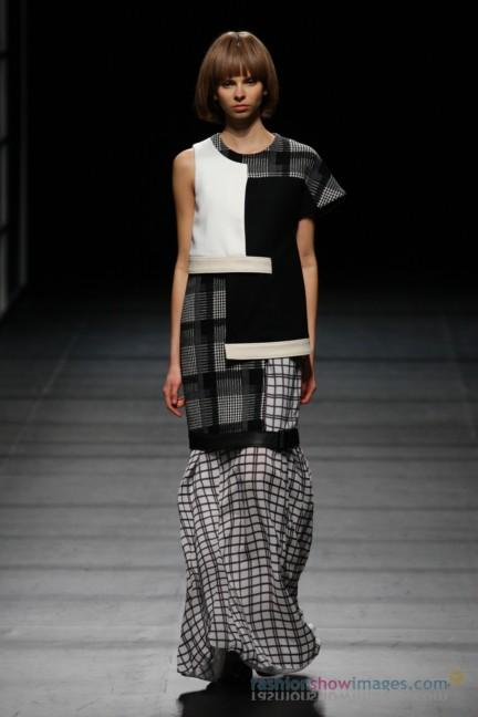 Yasutoshi-Ezumi-Tokyo-Fashion-Week-Autumn-Winter-2014-32