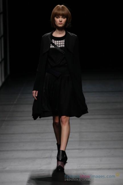 Yasutoshi-Ezumi-Tokyo-Fashion-Week-Autumn-Winter-2014-8