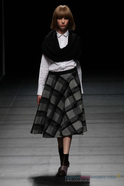 Yasutoshi-Ezumi-Tokyo-Fashion-Week-Autumn-Winter-2014-9