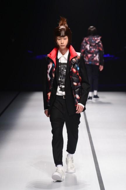 yoshio-kubo-tokyo-fashion-week-autumn-winter-2014-14