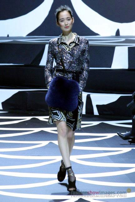 diane-von-furstenberg-tokyo-fashion-week-autumn-winter-2014-11