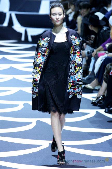 diane-von-furstenberg-tokyo-fashion-week-autumn-winter-2014-27