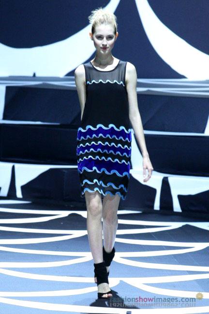 diane-von-furstenberg-tokyo-fashion-week-autumn-winter-2014-29