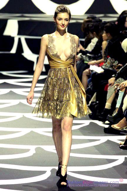 diane-von-furstenberg-tokyo-fashion-week-autumn-winter-2014-36