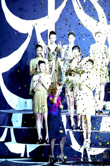 diane-von-furstenberg-tokyo-fashion-week-autumn-winter-2014-44