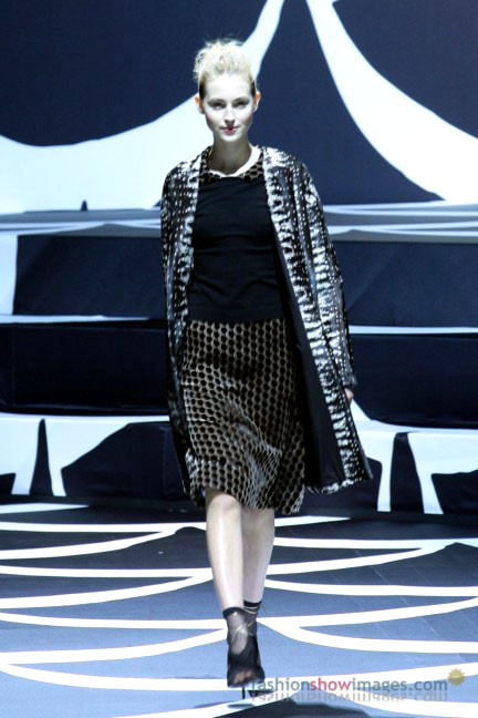 diane-von-furstenberg-tokyo-fashion-week-autumn-winter-2014-6