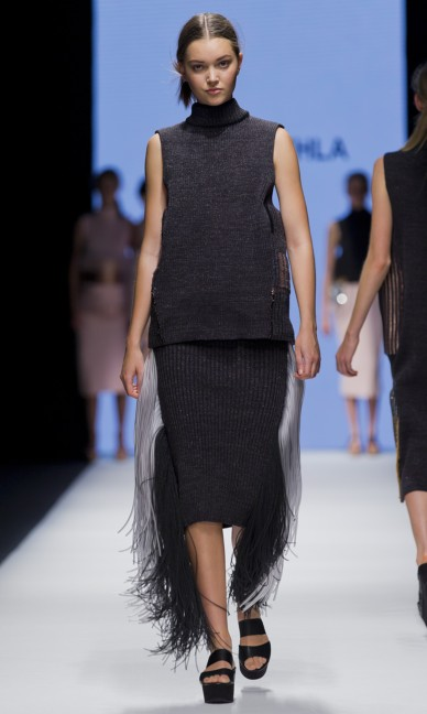 the-swedish-school-of-textiles-fashion-week-stockholm-spring-summer-2015-25