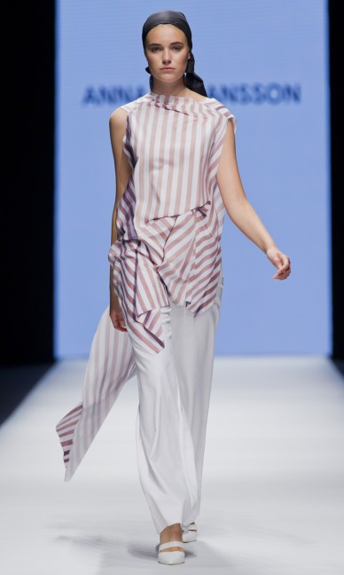 the-swedish-school-of-textiles-fashion-week-stockholm-spring-summer-2015-27