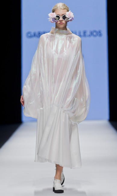 the-swedish-school-of-textiles-fashion-week-stockholm-spring-summer-2015-33