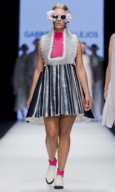 the-swedish-school-of-textiles-fashion-week-stockholm-spring-summer-2015-39