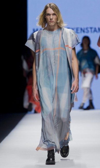 the-swedish-school-of-textiles-fashion-week-stockholm-spring-summer-2015-42