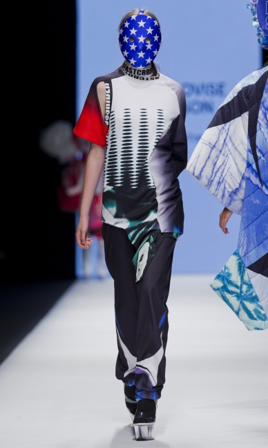 the-swedish-school-of-textiles-fashion-week-stockholm-spring-summer-2015-49