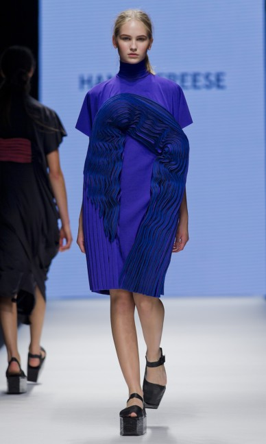 the-swedish-school-of-textiles-fashion-week-stockholm-spring-summer-2015-62