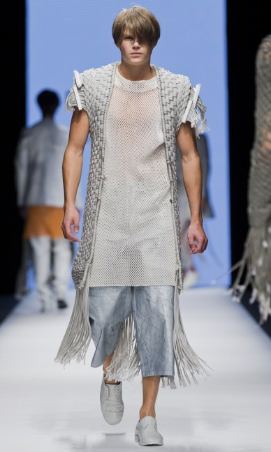 the-swedish-school-of-textiles-fashion-week-stockholm-spring-summer-2015-70
