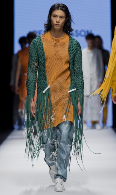 the-swedish-school-of-textiles-fashion-week-stockholm-spring-summer-2015-74