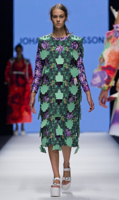 the-swedish-school-of-textiles-fashion-week-stockholm-spring-summer-2015-77