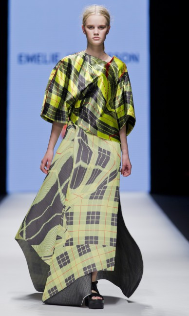the-swedish-school-of-textiles-fashion-week-stockholm-spring-summer-2015-99