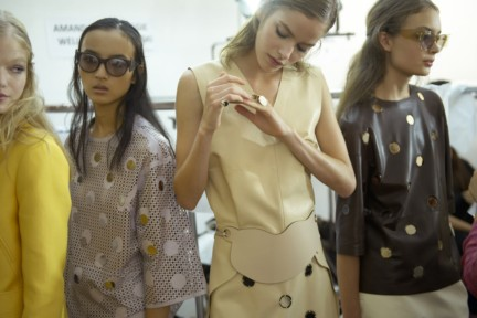 tods-milan-fashion-week-spring-summer-2015-backstage-4