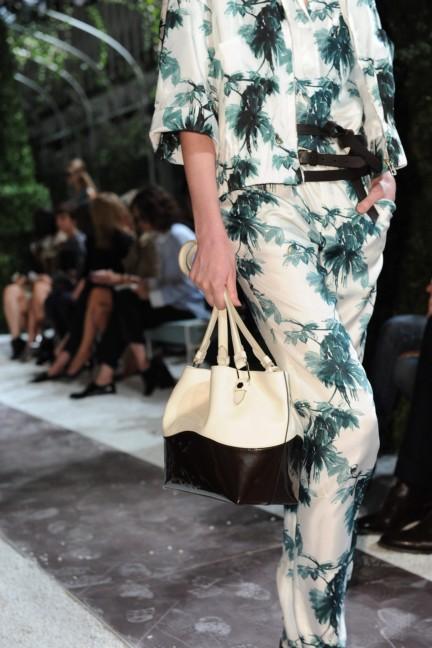 tods-milan-fashion-week-spring-summer-2015-detail-14