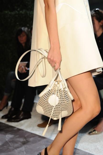 tods-milan-fashion-week-spring-summer-2015-detail-21