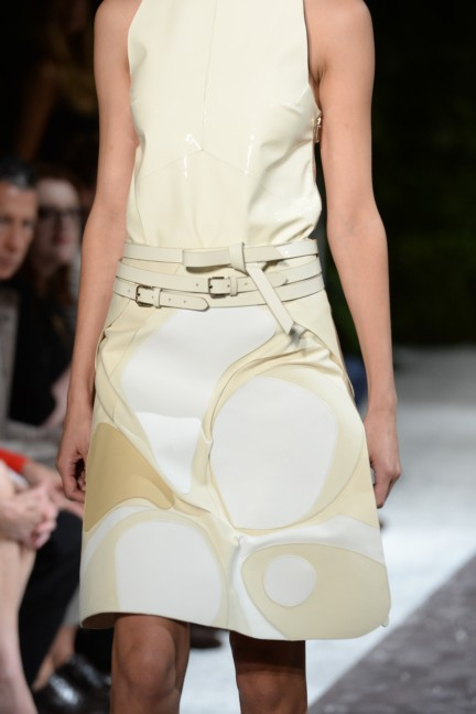 tods-milan-fashion-week-spring-summer-2015-detail-24
