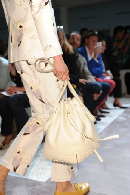 tods-milan-fashion-week-spring-summer-2015-detail-5