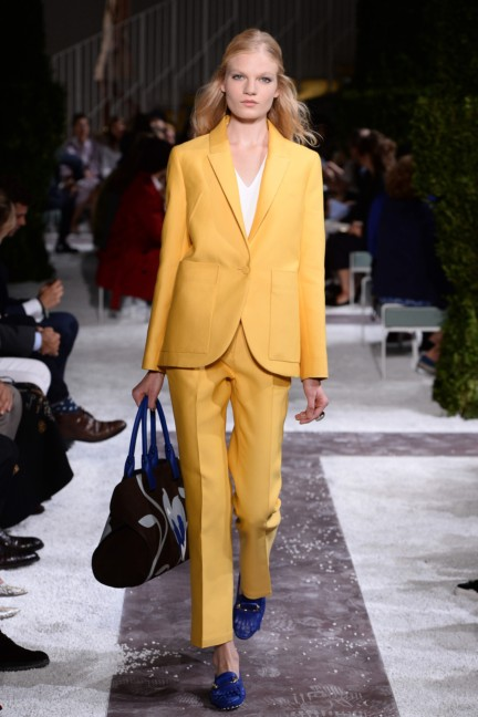 tods-milan-fashion-week-spring-summer-2015-runway-11