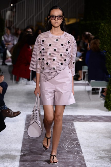 tods-milan-fashion-week-spring-summer-2015-runway-12