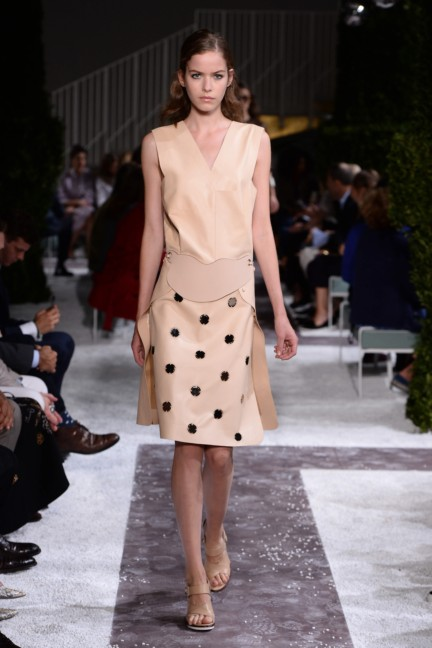 tods-milan-fashion-week-spring-summer-2015-runway-13