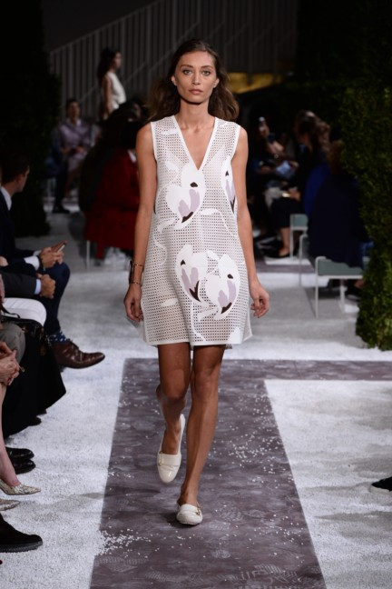 tods-milan-fashion-week-spring-summer-2015-runway-2