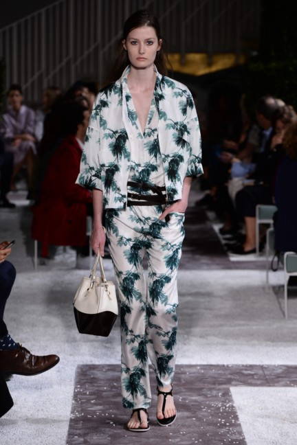 tods-milan-fashion-week-spring-summer-2015-runway-20