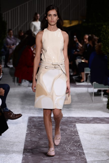 tods-milan-fashion-week-spring-summer-2015-runway-6