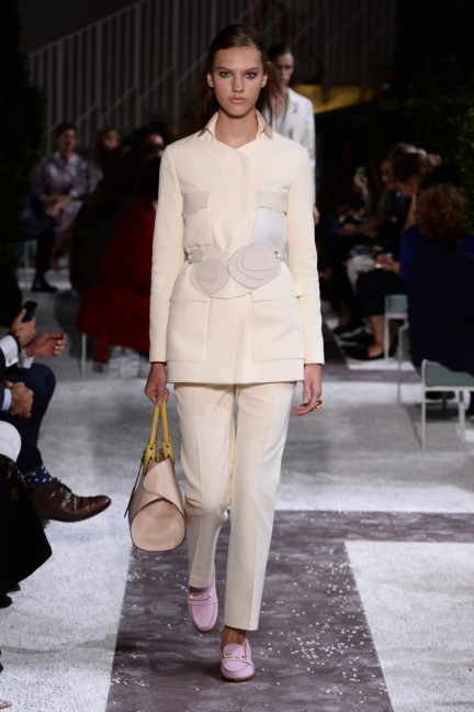 tods-milan-fashion-week-spring-summer-2015-runway-7