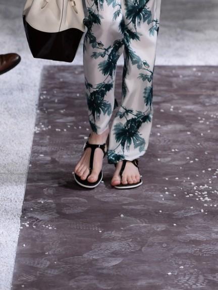 tods-milan-fashion-week-spring-summer-2015-shoes-18