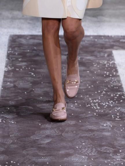 tods-milan-fashion-week-spring-summer-2015-shoes-2