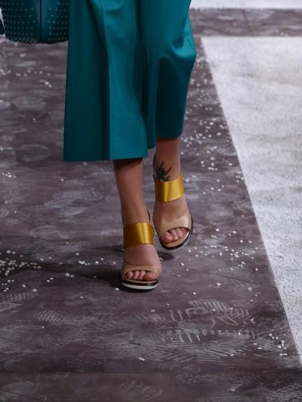 tods-milan-fashion-week-spring-summer-2015-shoes-20